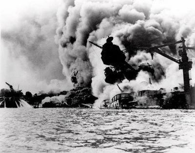 真珠湾攻撃 image from Amazon同史料は「日本から奪った文書が暗号解読... 米軍